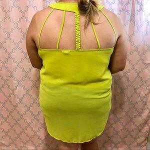 Eyeshadow size 2x neon green blouse